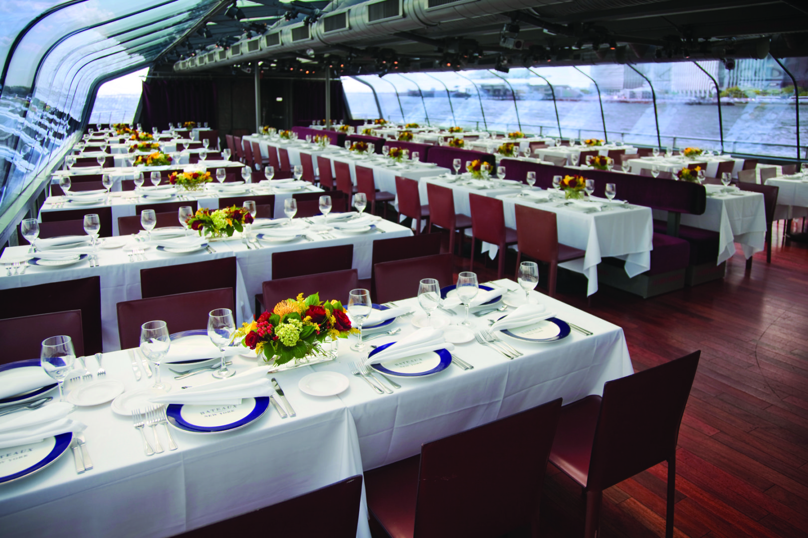 Dinner Cruises NYC Bateaux Yacht Interior