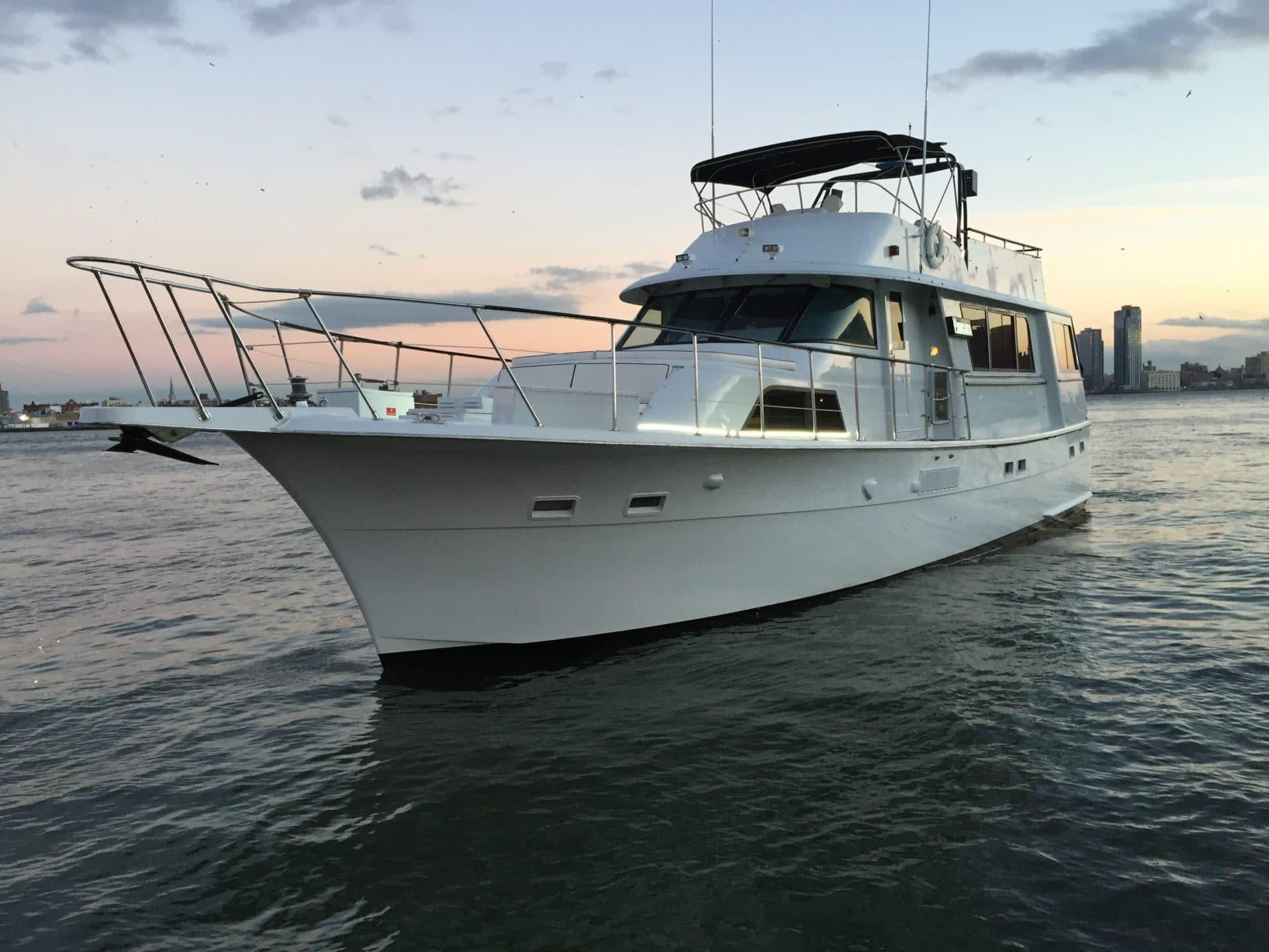 Pangaea Yacht Charter