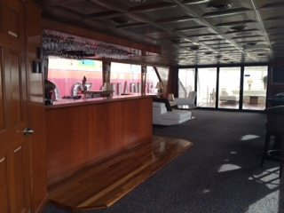 Sundancer NY Yacht Charter Lounge Bar