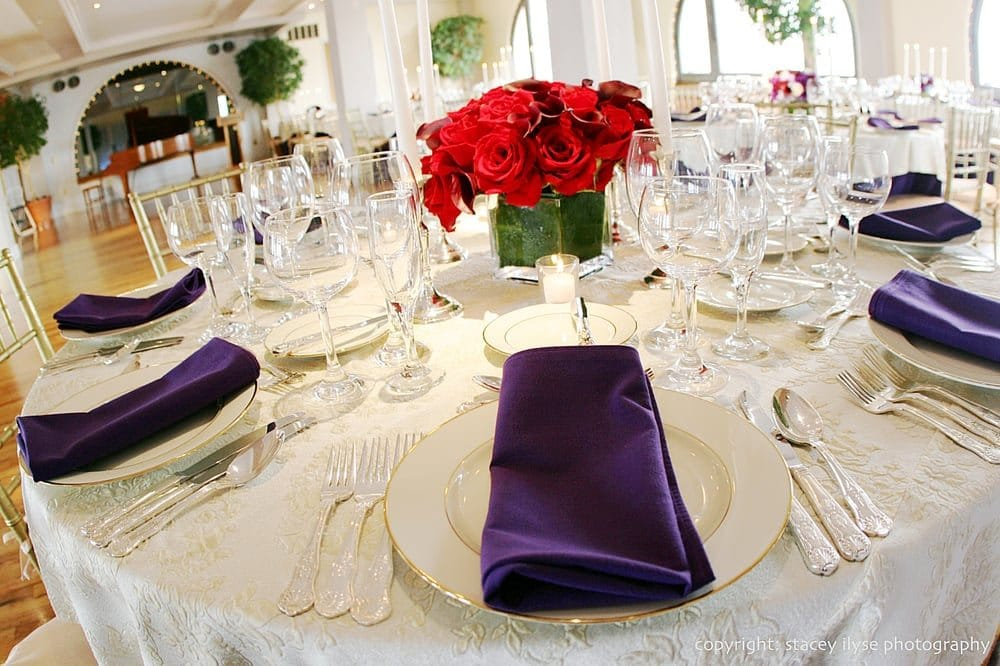 manhattan-penthouse-fine-China-glassware-silverware