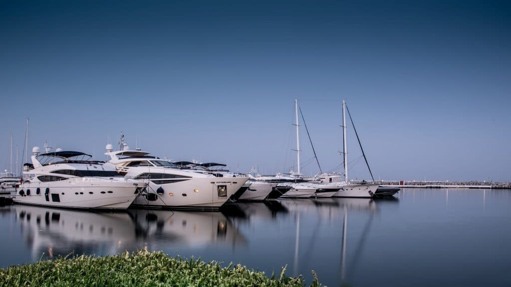 corporate-nyc-yacht-charter-choose-settings