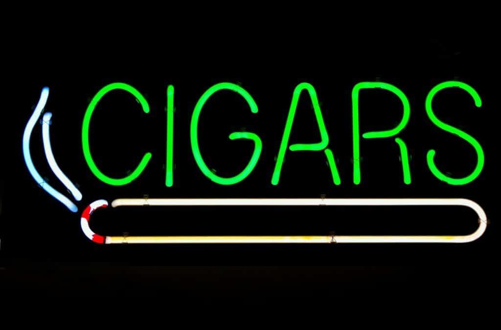 Wedding guest tips: Provide cigar bar