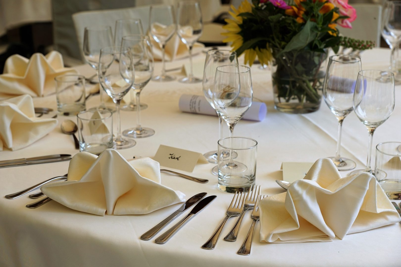 Yacht wedding on a budget keep guests trimmed