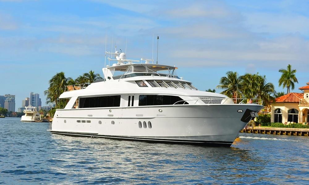 Avanti-yacht