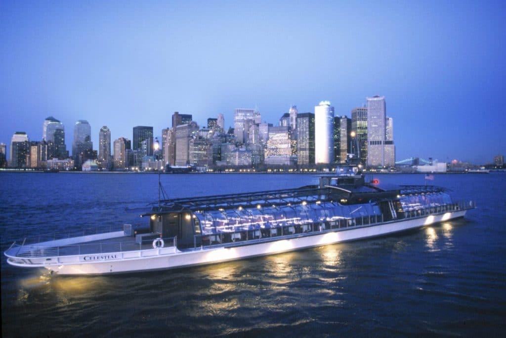 Bateaux-Luxury-Yacht-NYC
