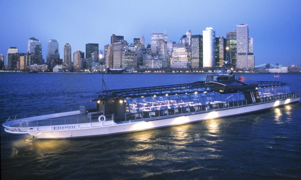 Bateaux-Luxury-Yacht