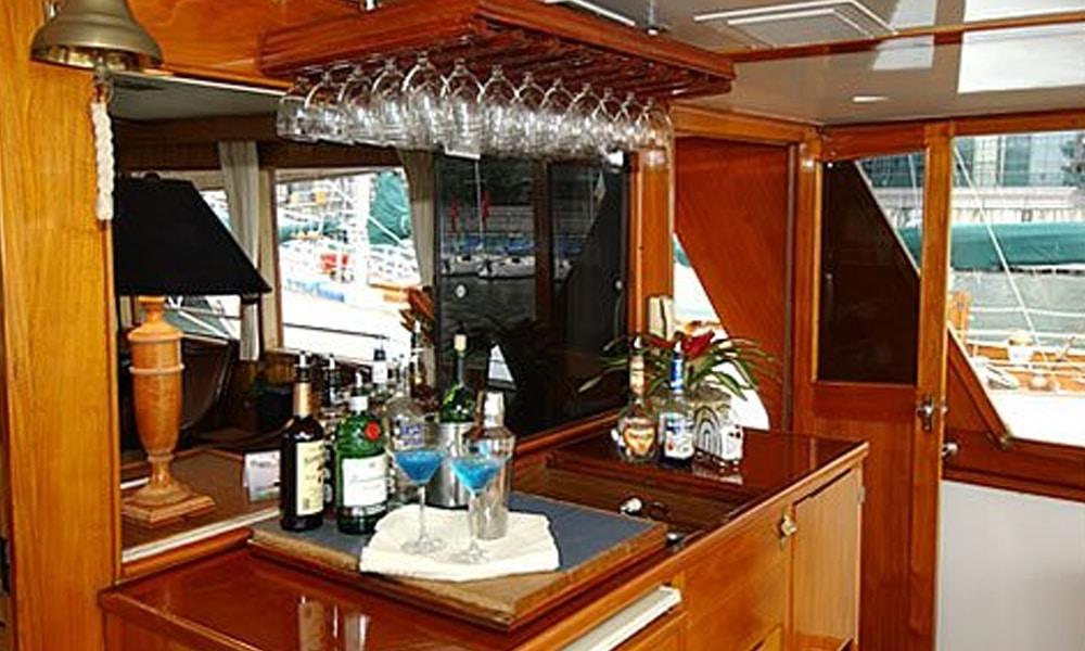 Calypso-Yacht-Charter