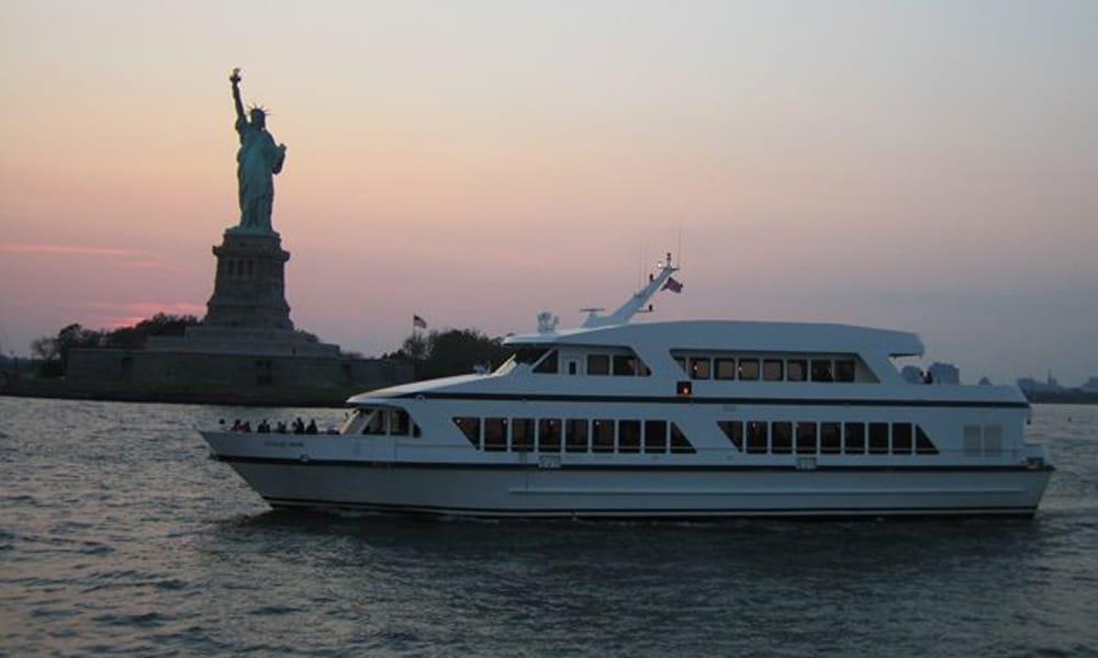 cloud-9-iv-yacht