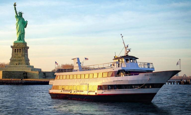 Hornblower-Serenity-Yacht
