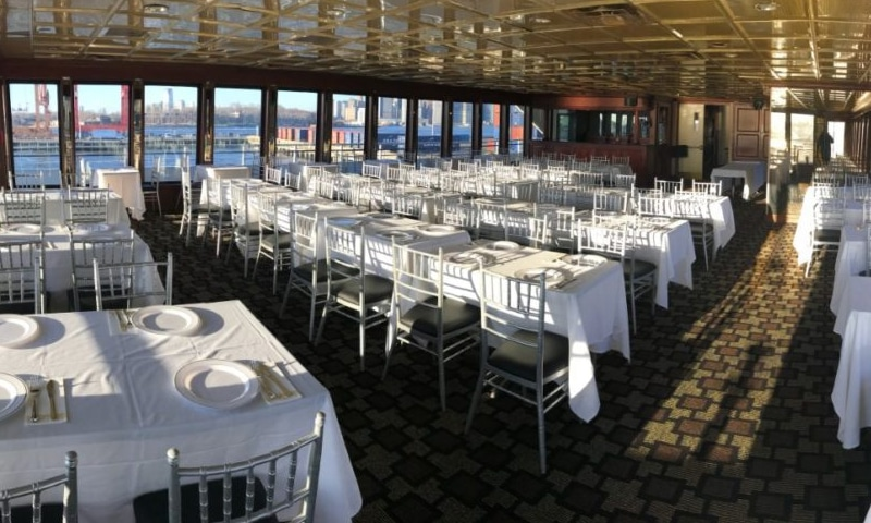 timeless-mega-yacht-nyc