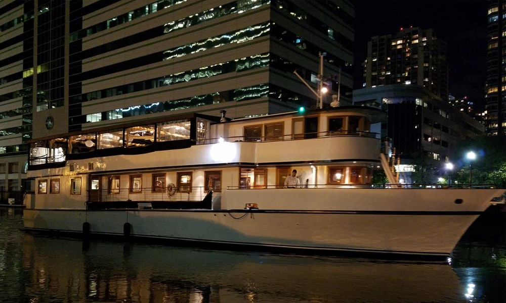 Eastern-Star-Yacht-Charter