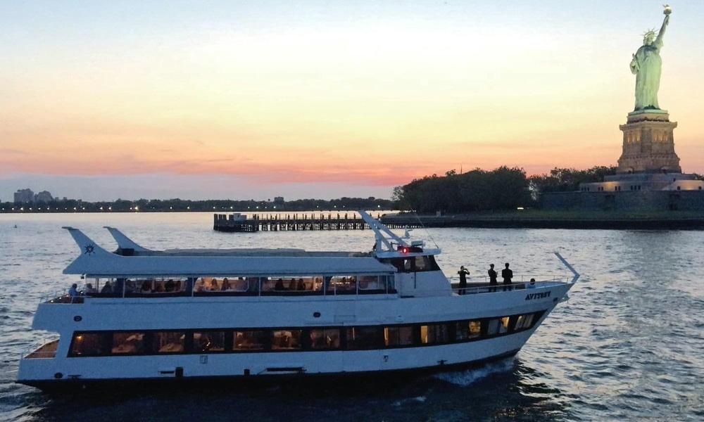 Festiva-Yacht